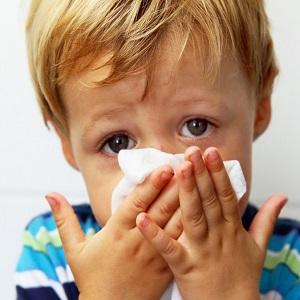 Один из симптомов аллергии на мясо - ринит