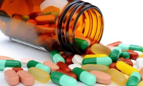При заболевании назначается медикаментозный курс лечения