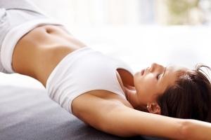 Эффективная зарядка при остеохондрозе шейного отдела, а также секреты и противопоказания