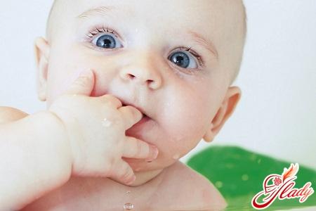 смена молочных зубов на постоянные коренные у детей